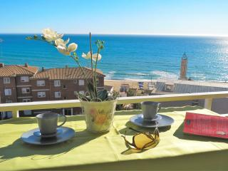 BIANCA SEAVIEW & BEACH-apartment - Barcelona vacation rentals