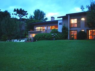 Casa luxuosa ótima localização em Campos do Jordão - Campos Do Jordao vacation rentals