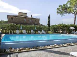 Holiday lodging near Pienza P5 - Torrita di Siena vacation rentals
