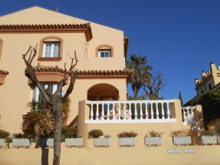 Perfect House with Dishwasher and Garden - Islantilla vacation rentals