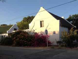 Nice 2 bedroom Cottage in McGregor - McGregor vacation rentals