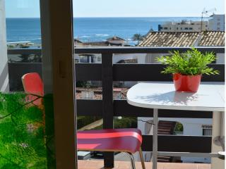 Nice Condo with A/C and Shared Outdoor Pool - Malaga vacation rentals