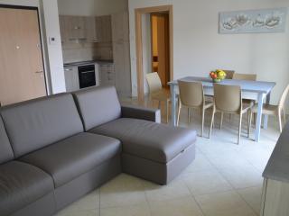 3 bedroom Condo with A/C in Bistagno - Bistagno vacation rentals