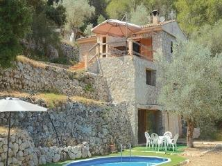 3 bedroom House with Dishwasher in Puigpunyent - Puigpunyent vacation rentals