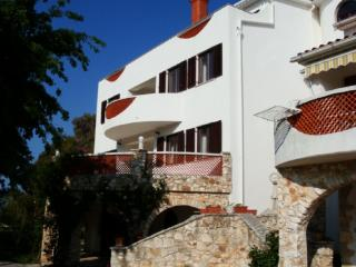 Apartment A2 4+1, Villa Agata Pula - Banjole vacation rentals