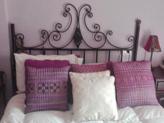 Fantastico apartamento con jardin privado y porche - Fuengirola vacation rentals