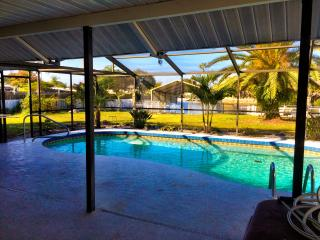 Island style waterfront living - Nokomis vacation rentals