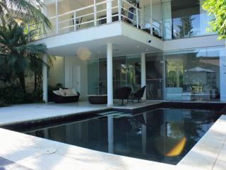 MODERN HOUSE CLOSE OLYMPICS AND BEACHES - Rio de Janeiro vacation rentals