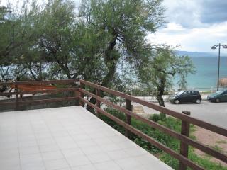 Dimore dell'Isola Rossa Bilocale 4 - Isola Rossa vacation rentals