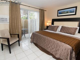 1 BR Condo-Suite POOL GARDEN BBQ *SPECIAL*^ 5 - Dania Beach vacation rentals