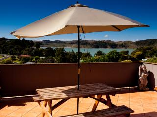 7 bedroom House with Internet Access in Raglan - Raglan vacation rentals
