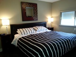 Beautiful 2 Bdrm SW - Calgary vacation rentals