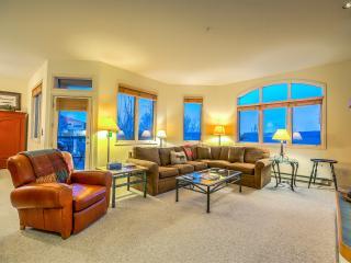 Storm Meadows Spa, Ski In, Great Amenities - Steamboat Springs vacation rentals