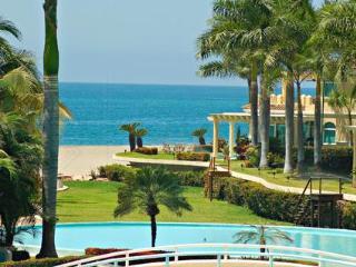 Gorgeous condo with Breathtaking Views of the Bay - Puerto Vallarta vacation rentals