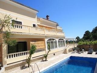Beautiful 2 bedroom Suha Punta Apartment with Internet Access - Suha Punta vacation rentals