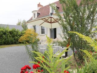 LE PRESBYTERE DE BEAULIEU B&B CHAMBRE DOUBLE - Beaulieu-les-Loches vacation rentals