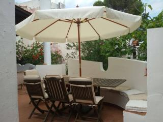 Nice House with Internet Access and A/C - Isola Vulcano vacation rentals