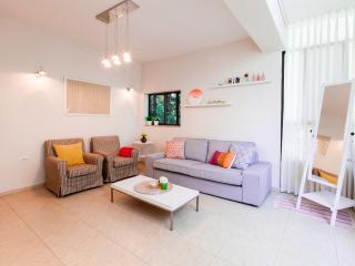 Rabin sq. - Tel Aviv vacation rentals