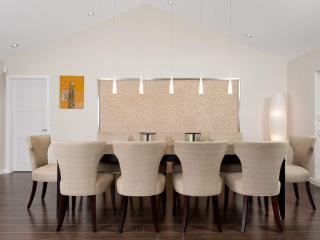 Newly Refurbished Contemporary Style Villa - Grace Bay vacation rentals