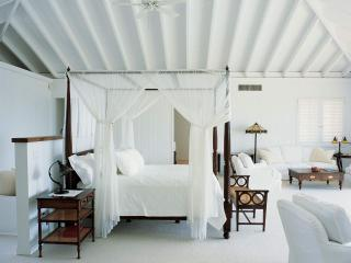 Beautiful Three Bedroom Property - Piedra vacation rentals