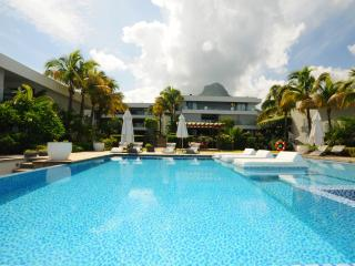 Appartement Elenora Beachfront Pool Tamarin Beach - Tamarin vacation rentals