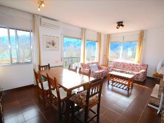 Cozy 2 bedroom Apartment in Guardia de Noguera - Guardia de Noguera vacation rentals