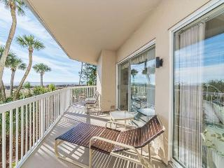 Barrington Court 113, 3 Bedrooms, Ground Floor, OceanFront, Large Pool & Spa - Hilton Head vacation rentals