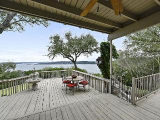 Lavish Lakeview Austin Home - Sleeps 12 - Austin vacation rentals