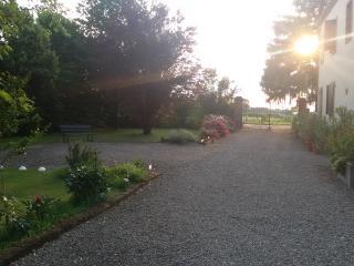 Bilocale in rustico ristrutturato - Parma vacation rentals