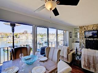 Waterfront Beauty for 6 Guests in Balboa Island - Newport Beach vacation rentals