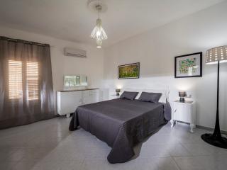 Zagara spazioso e luminoso - Castellammare del Golfo vacation rentals