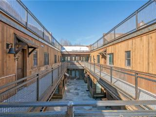 Cozy 2 bedroom Condo in Telluride with Deck - Telluride vacation rentals