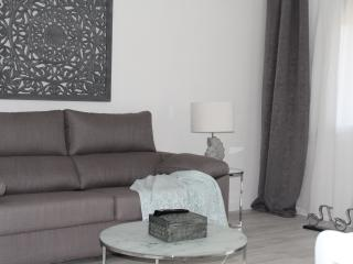 Near FC BARCELONA. FREE PORTABLE WIFI. UP TO 8 - Barcelona vacation rentals