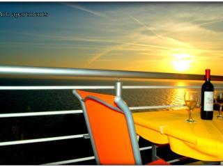 Ark 4* Panoramic Sea View Suite 1/1, Donkey - Stobrec vacation rentals