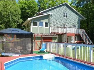 8 Acre Wood Cottage Dorset, Algonquin & Huntsville - Dorset vacation rentals