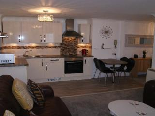Tenby Town 4* Apartment - 9 Royal Victoria Court - Tenby vacation rentals