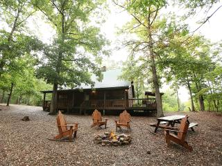 White Oak Lodge - Secluded Cabin (Sleeps 8) - Broken Bow vacation rentals