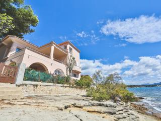 Exceptional house by the seaside - La Ciotat vacation rentals