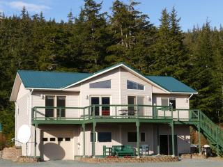 2 bedroom House with Internet Access in Haines - Haines vacation rentals
