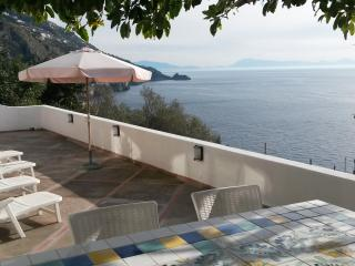 Casa La Caravella - large seaview-terrace, WIFI - Praiano vacation rentals