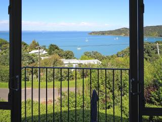 Designer Waiheke Island house - stunning sea views - Oneroa vacation rentals
