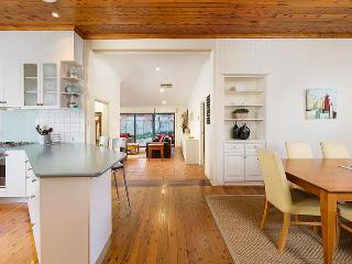 Nice House with Dishwasher and Grill - Albury vacation rentals