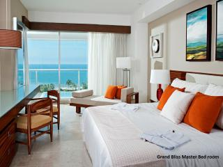 BEAUTIFUL LIVING at GRAND BLISS Studio Nuevo Vallarta MarGan - Nuevo Vallarta vacation rentals