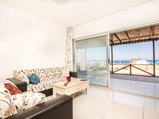 Seaside flat with beautiful views in Girne, Lapta! - Lapta vacation rentals