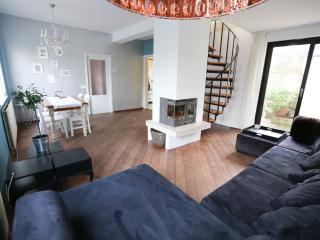 Casa Aldegonde family house for 4 - Zandvoort vacation rentals