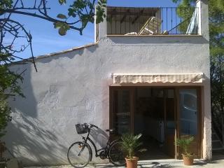 La Casita,  pour les amoureux ou 2 ami(e)s - Manacor vacation rentals
