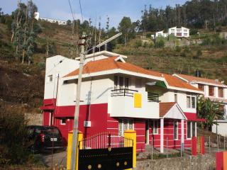 Scenic and quiet villa in an excellent location - Kodaikanal vacation rentals