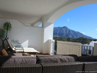 2 Bedroom Apartment With Amazing Views Ref 203 - Nueva Andalucia vacation rentals