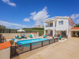 Coral Bay Villa Minutes from the Blue Flag Beaches - Peyia vacation rentals
