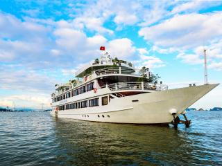 Deluxe Family Cabin on Halong Silversea Cruise - Tuan Chau Island vacation rentals